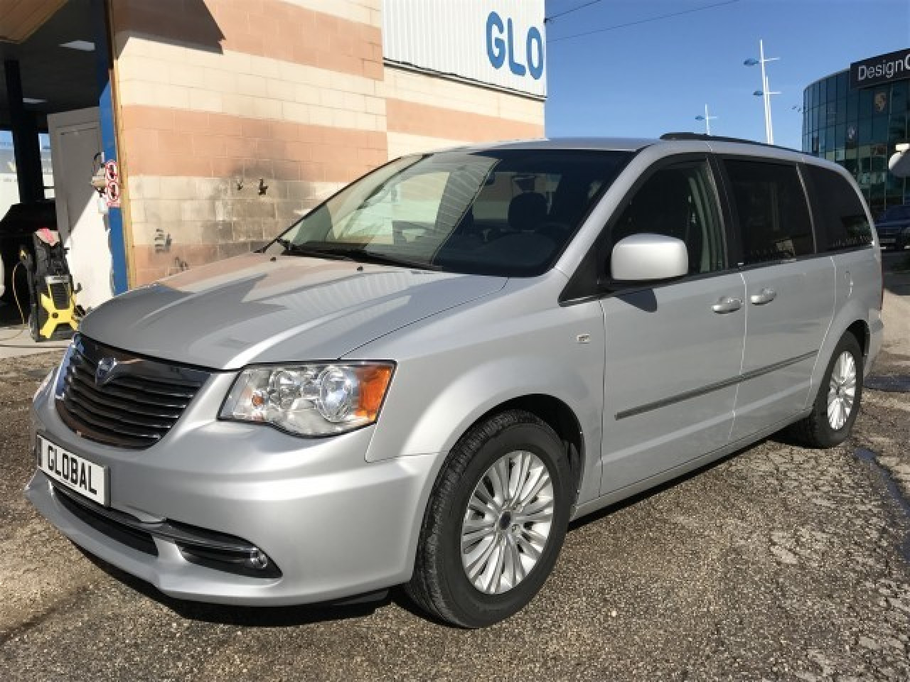 Lancia Grand Voyager Platinum 2.8 Crdi Photo