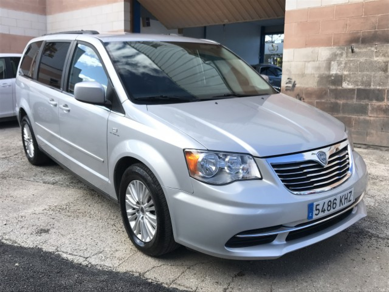 Lancia Grand Voyager 2.8 Crdi Gold Limited Photo