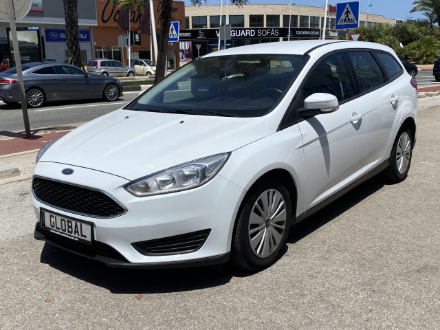 Ford Focus 1.5 Tdci Automatic Photo